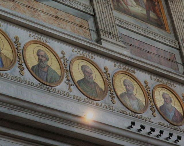 32. Los Papas de los cinco siglos primeros