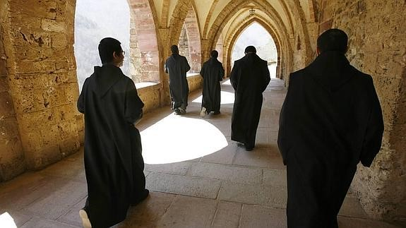 103. Órdenes religiosas renovadas y nuevas