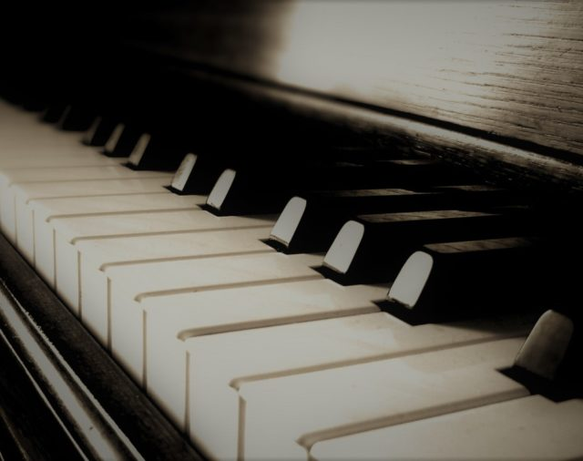 """Concierto de Piano """"Forjando Excelencia"""" con Sebastián Castillo Chung"""