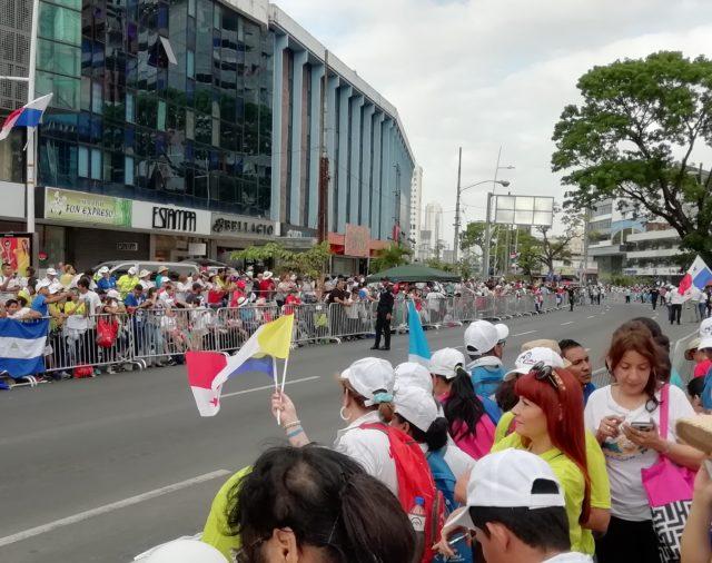 21. VIDEO | PASO DEL PAPA FRANCISCO POR VÍA ESPAÑA